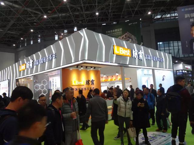SHOW开始了!上海建博会晾霸首日亮相被挤爆