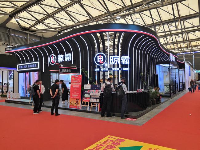 晾霸亮相2019上海厨卫展,加盟晾霸助你开启创富之路